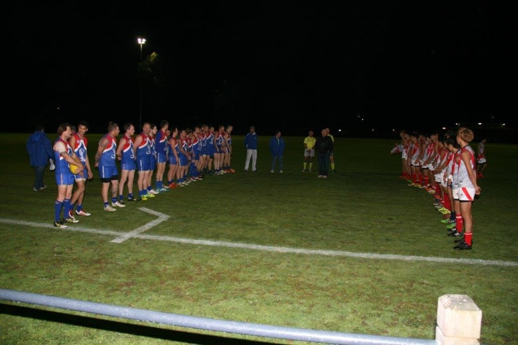 The Sandown Cobras and Japan Warriors line up before their game last Thursday.